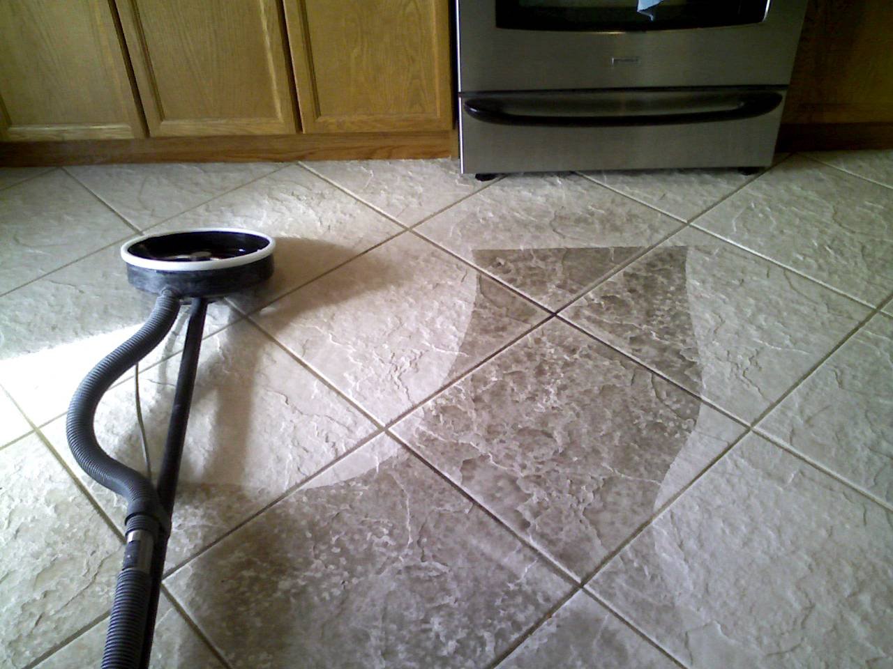 Dirty Kitchen Tile And Grout Hire A Professional Tile And Grout Cleaning Company